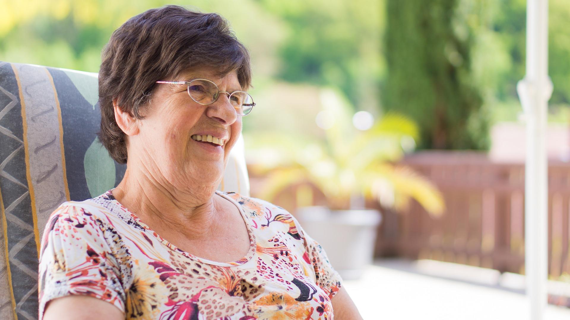 Le secteur de la téléassistance des personnes âgées : une heure de gloire